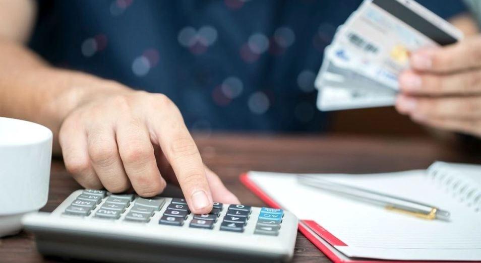 Долги и кредиты не оказывают на казахстанцев чрезмерного давления