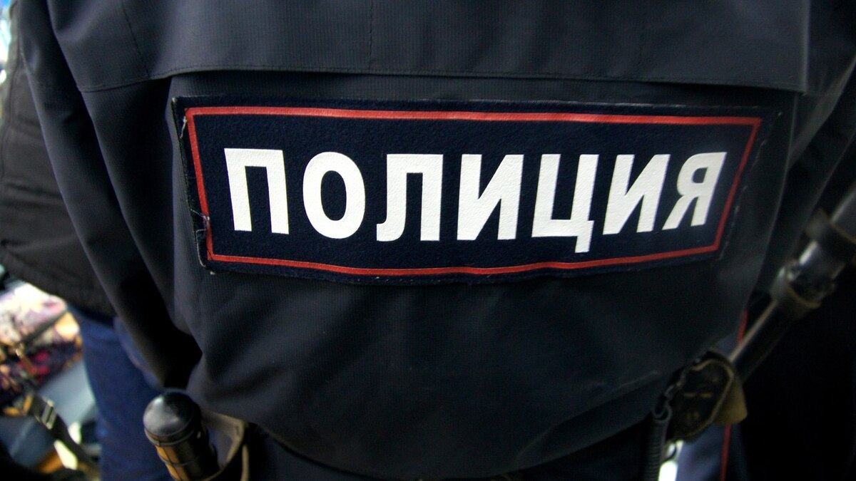 Пьяный дебош устроил экс-депутат в кафе Туркестана